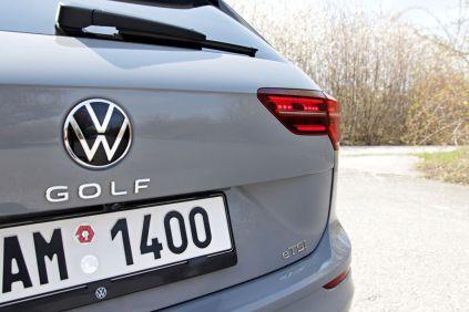 test-2021-volkswagen-golf-variant-15-etsi-dsg-r_line- (20)