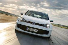 2007-Volkswagen_Golf_GTI_W12_650_Concept-historie- (2)