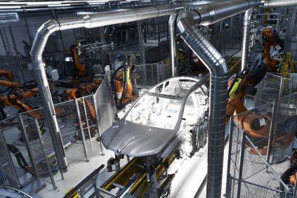 2021-07-zahajeni_vyroby-elektromobil-BMW_iX- (1)