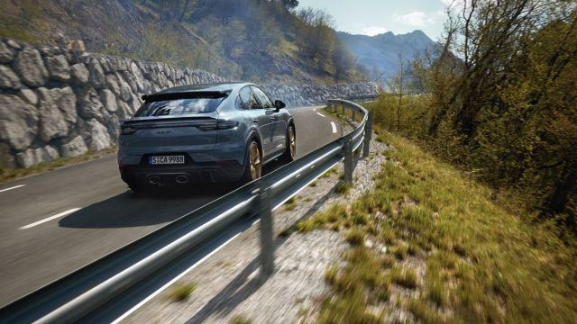 2021-Porsche_Cayenne_Turbo_GT- (3)