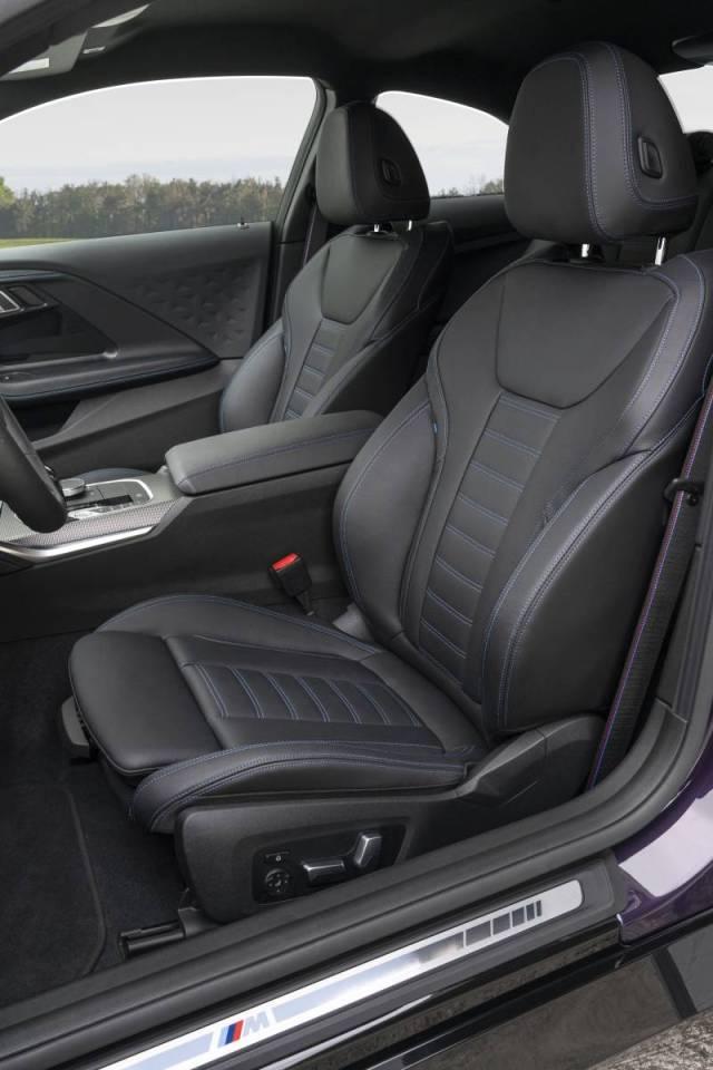 2022-BMW_M240i_xDrive_Coupe- (11)