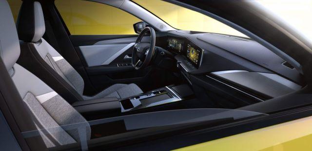 2022-Opel_Astra-3