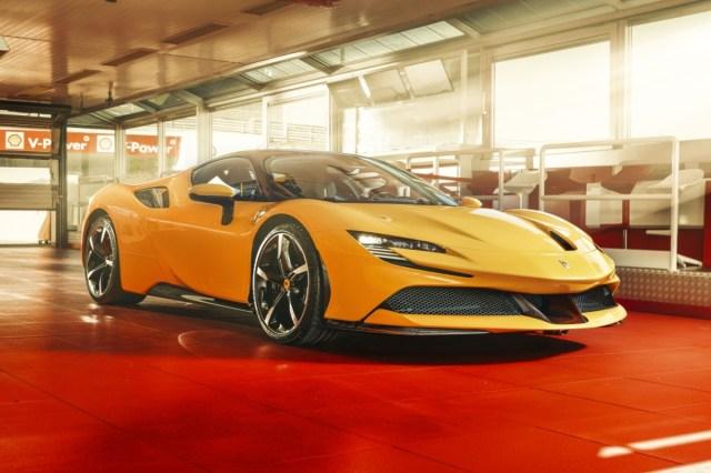 Ferrari_SF90_Stradale-2