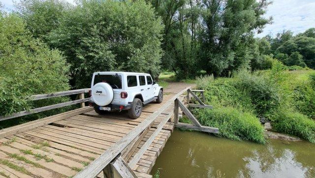 Test-2021-plug-in hybrid-Jeep_Wrangler_4xe- (12)