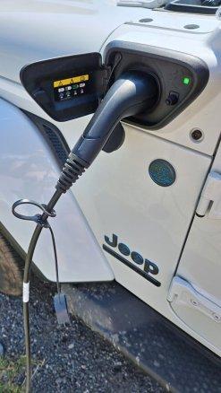 Test-2021-plug-in hybrid-Jeep_Wrangler_4xe- (41)