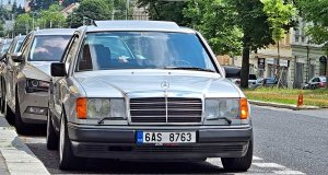 mercedes-benz-300e-w124
