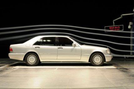 Mercedes-Benz-W140-trida-S- (3)