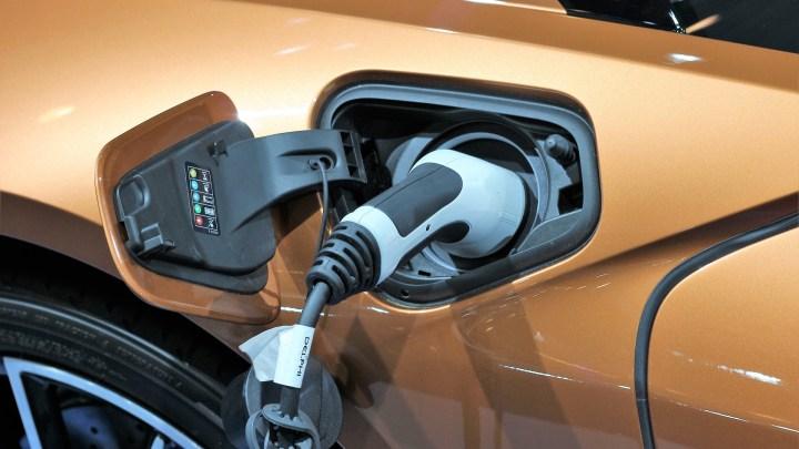 De voordelen en nadelen van elektrisch rijden