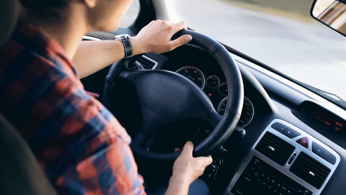 Autoverzekering van een rijles auto