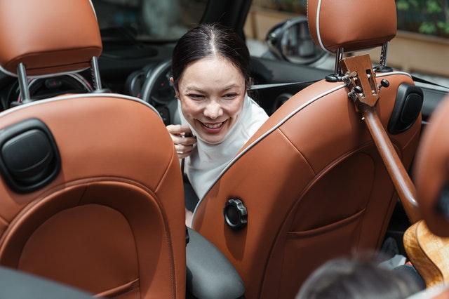 Wat zijn de voordelen van een draaibare autostoel