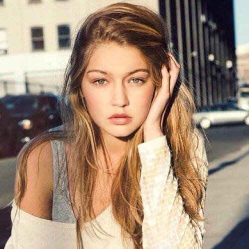 Gigi Hadid Gadis 19 Tahun Asal Palestina Menjadi Angel Victoria's Secret