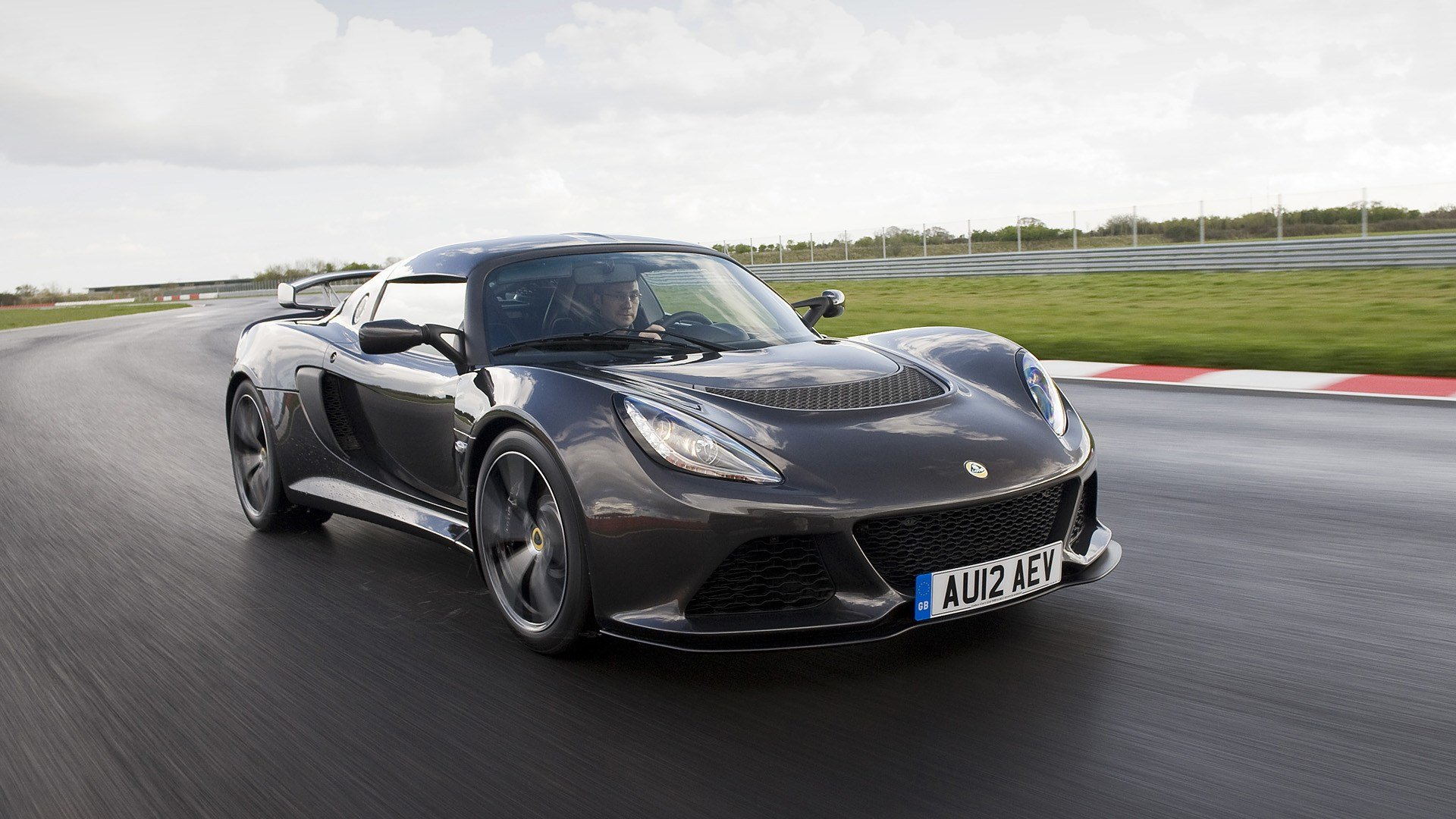 Latest 2012 Lotus Exige S Wallpapers Hd Images Wsupercars Free Download