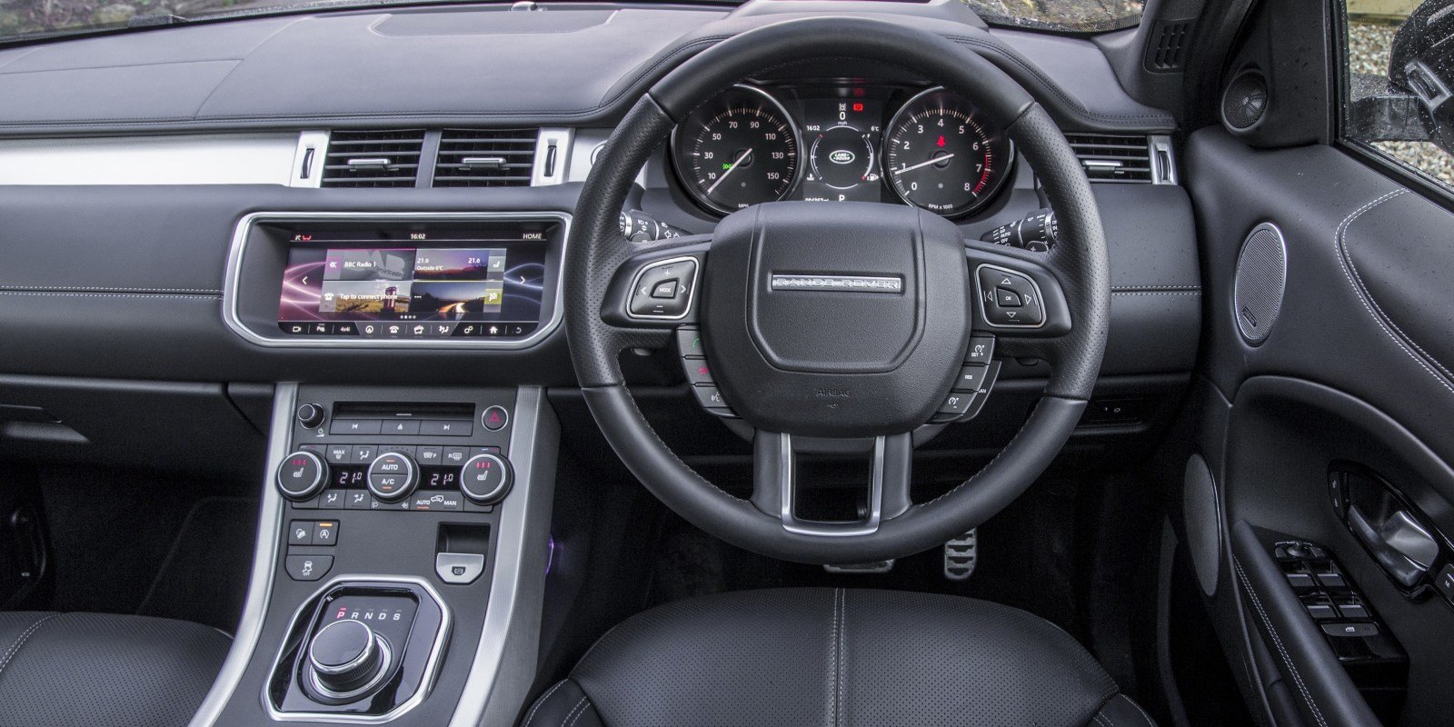 Latest Range Rover Evoque Interior Infotainment Carwow Free Download