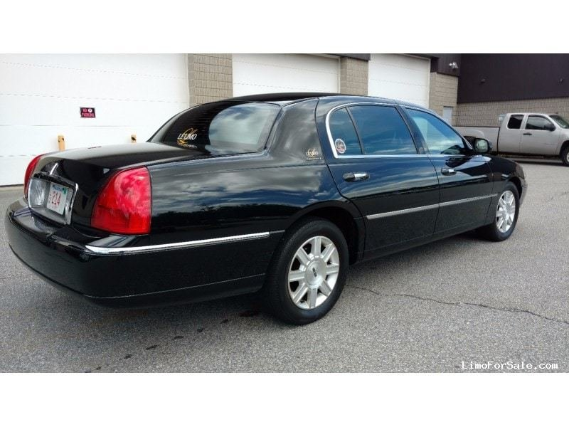 Latest Used 2011 Lincoln Town Car Sedan Limo Signature Limousine Free Download