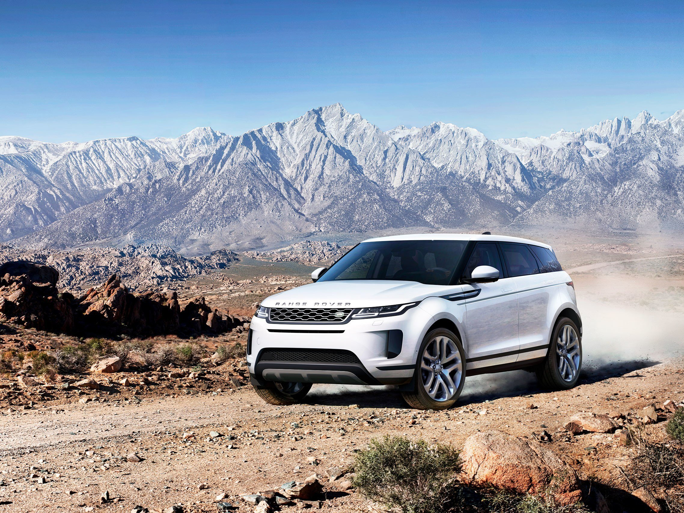 Latest Range Rover S New Evoque Is Made To Conquer The Parking Free Download
