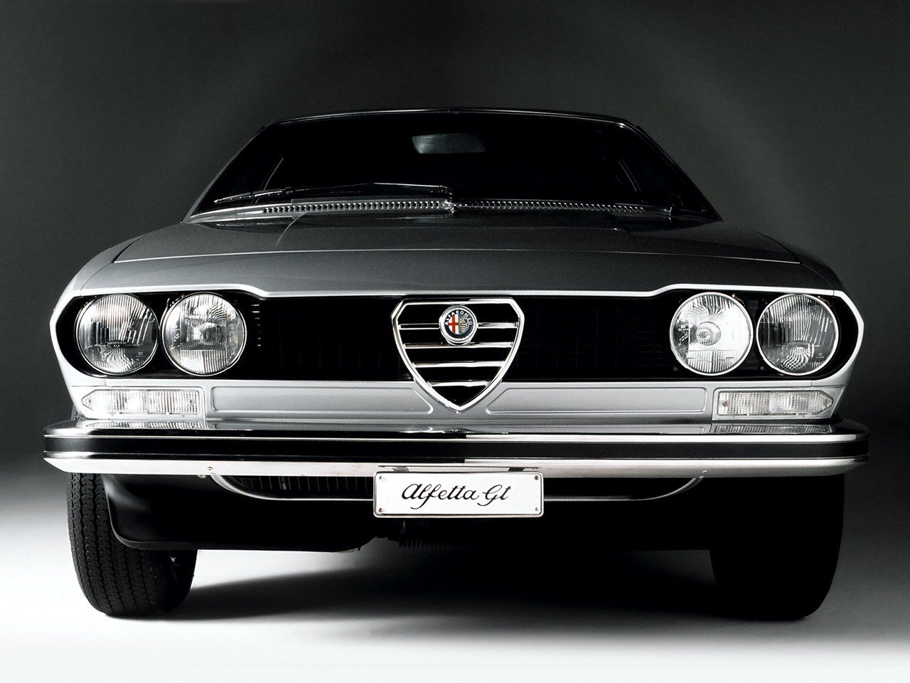 Latest Alfa Romeo Alfetta Gt Specs Photos 1974 1975 1976 Free Download