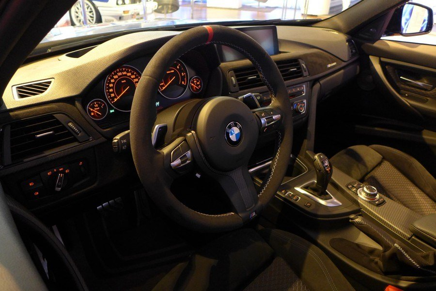 Latest Live Photos Of One Of The Best Bmw Galleries In The World Free Download