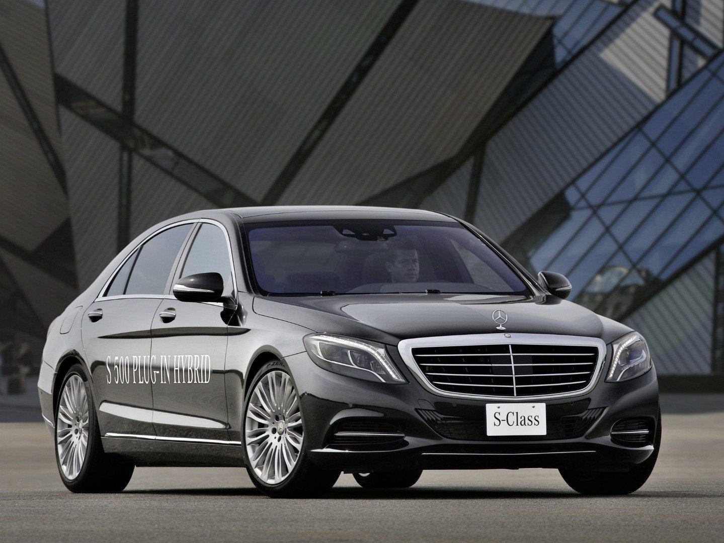 Latest Mercedes Benz Is The Most Fuel Efficient Luxury Car Brand Free Download