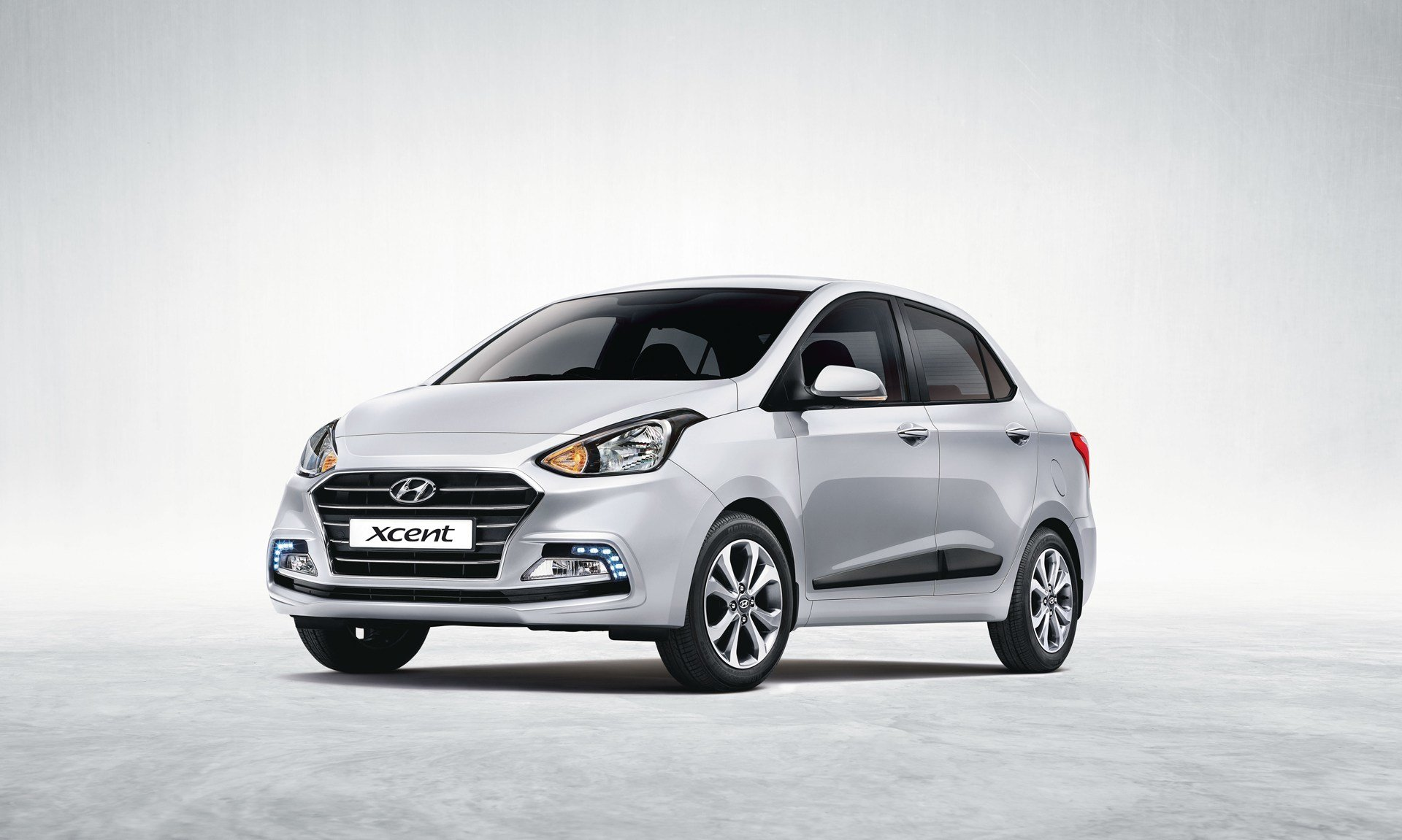 Latest Hyundai Xcent 2017 Reviews Price Specifications Mileage Free Download