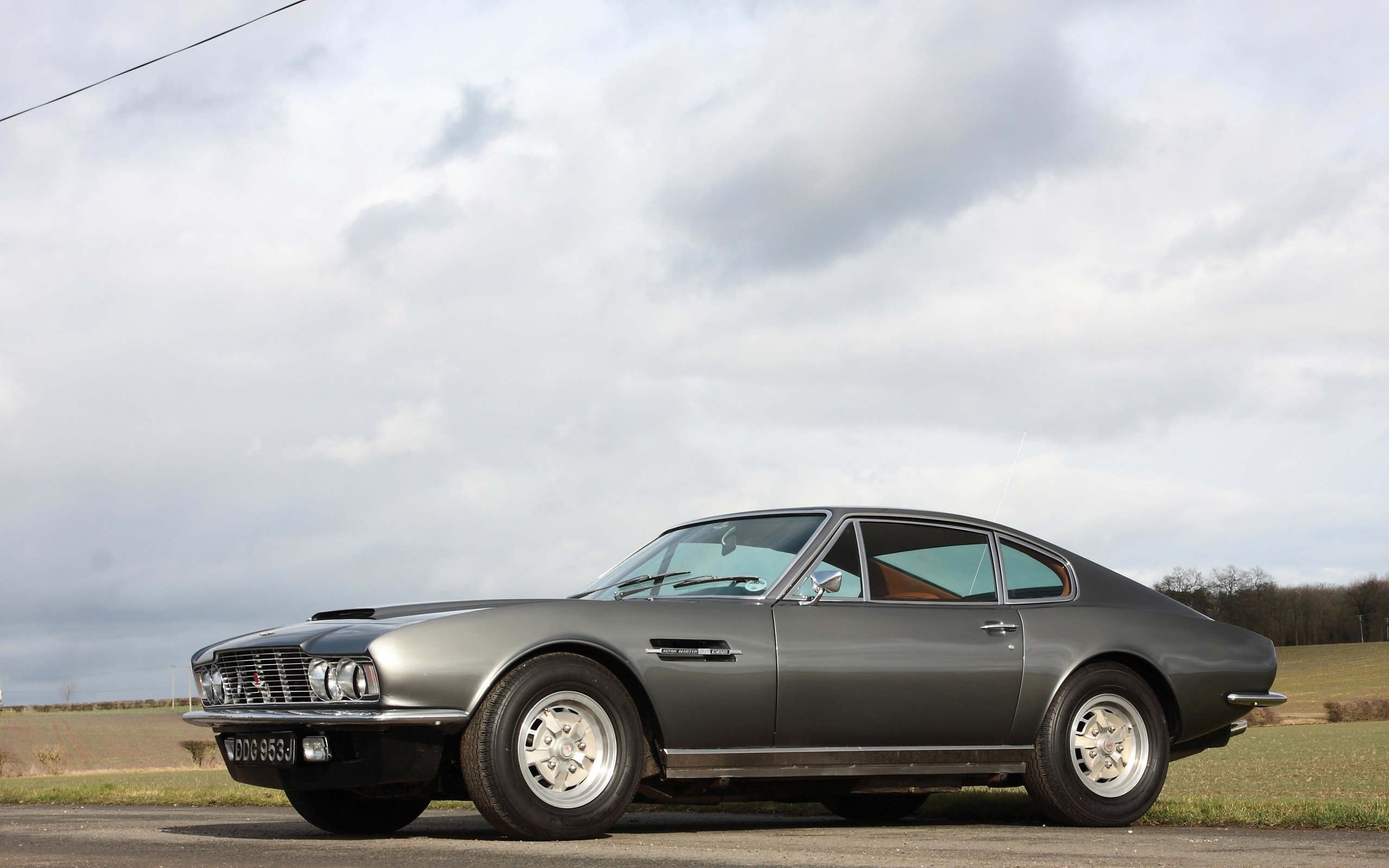 Latest Aston Martin Dbs Hd Wallpaper Background Image Free Download