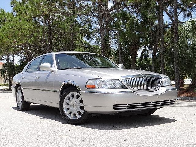 Latest 2011 Lincoln Town Car For Sale Free Download Original 1024 x 768