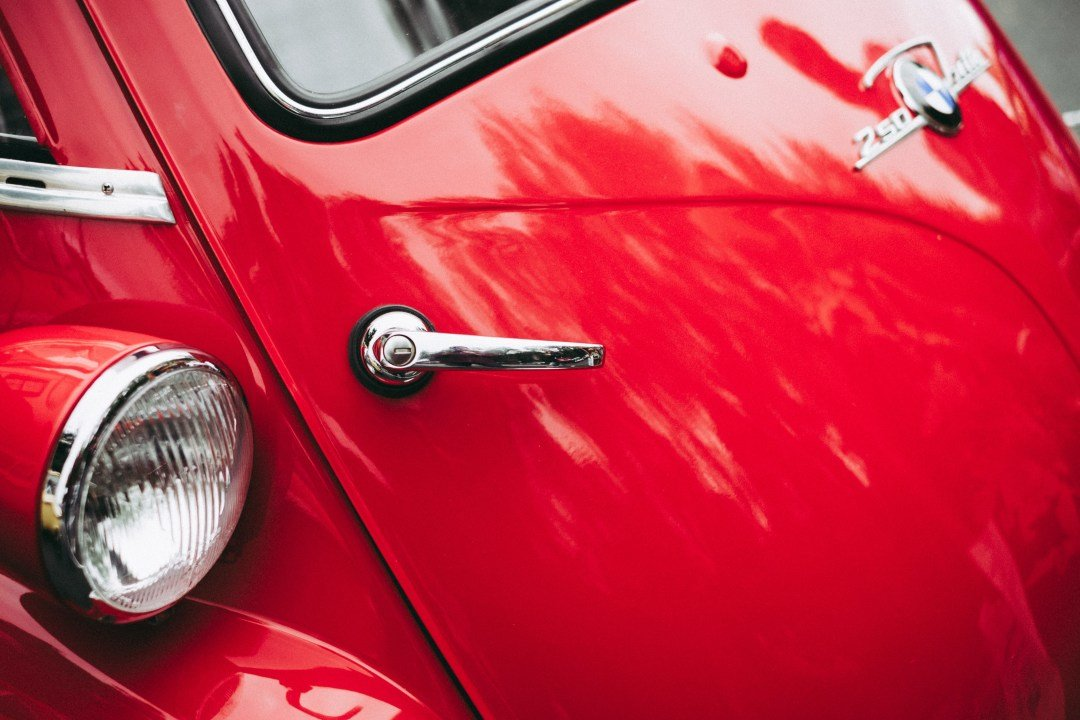 Latest Car Light Pictures Hq Download Free Images On Unsplash Free Download
