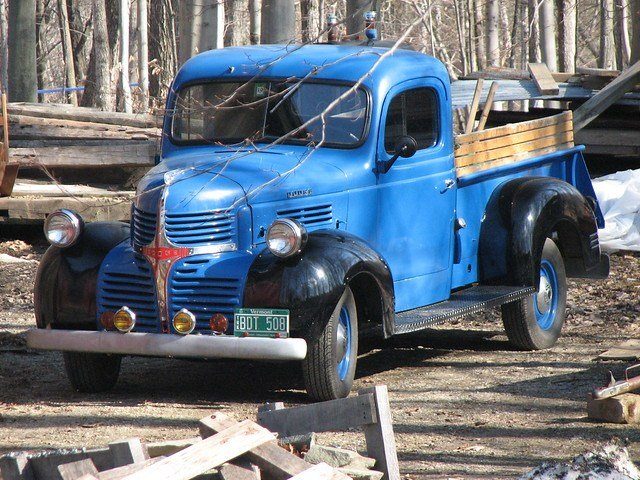 Latest Breadloaf Mountain View Farm 2009 – Antique Dodge Truck Free Download