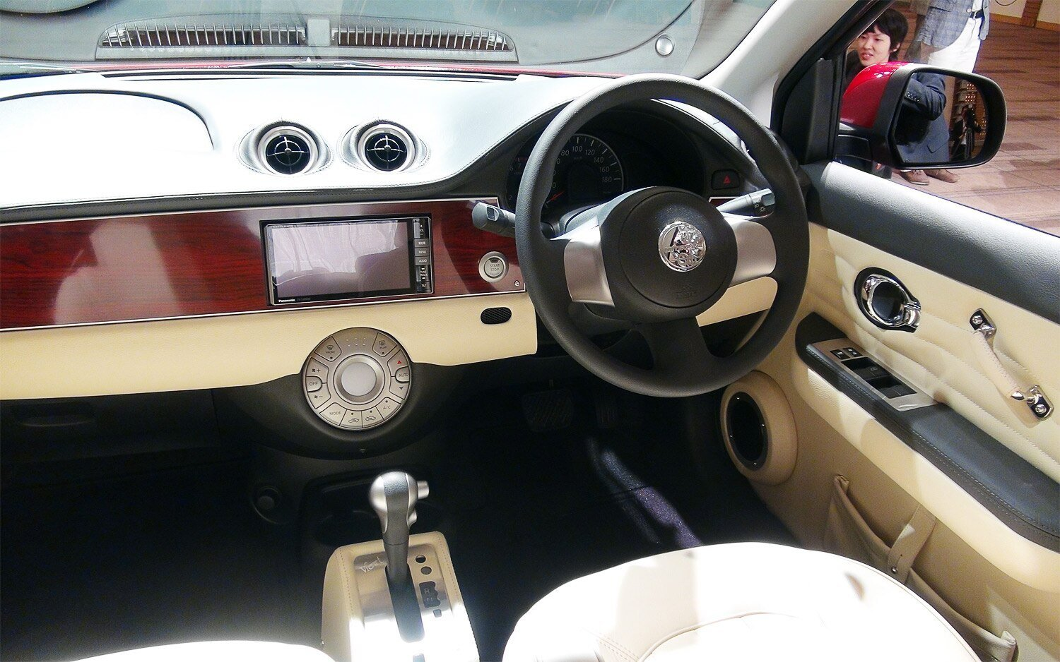 Latest Mitsuoka Viewt First Look Motor Trend Free Download