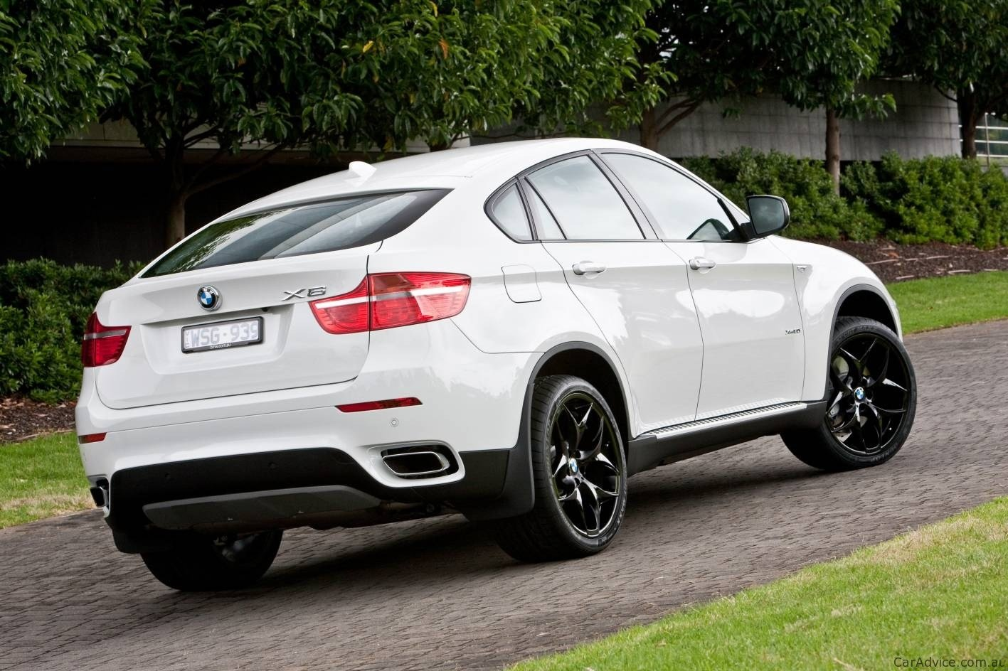 Latest Audi Q6 Suv Coupe To Take On Bmw X6 Report Photos Free Download