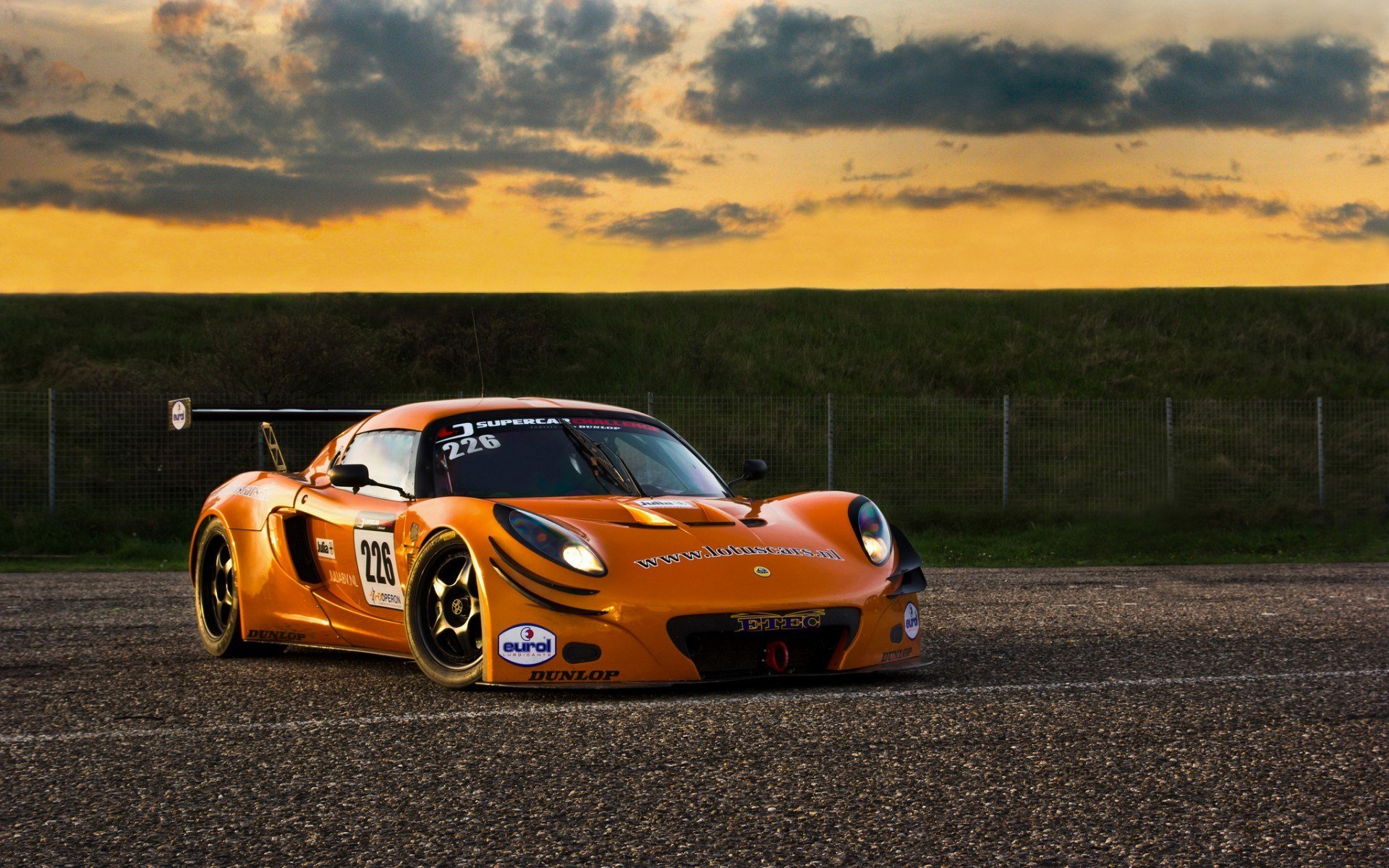 Latest Lotus Exige Gt3 Race Car Track Orange Wallpaper Free Download