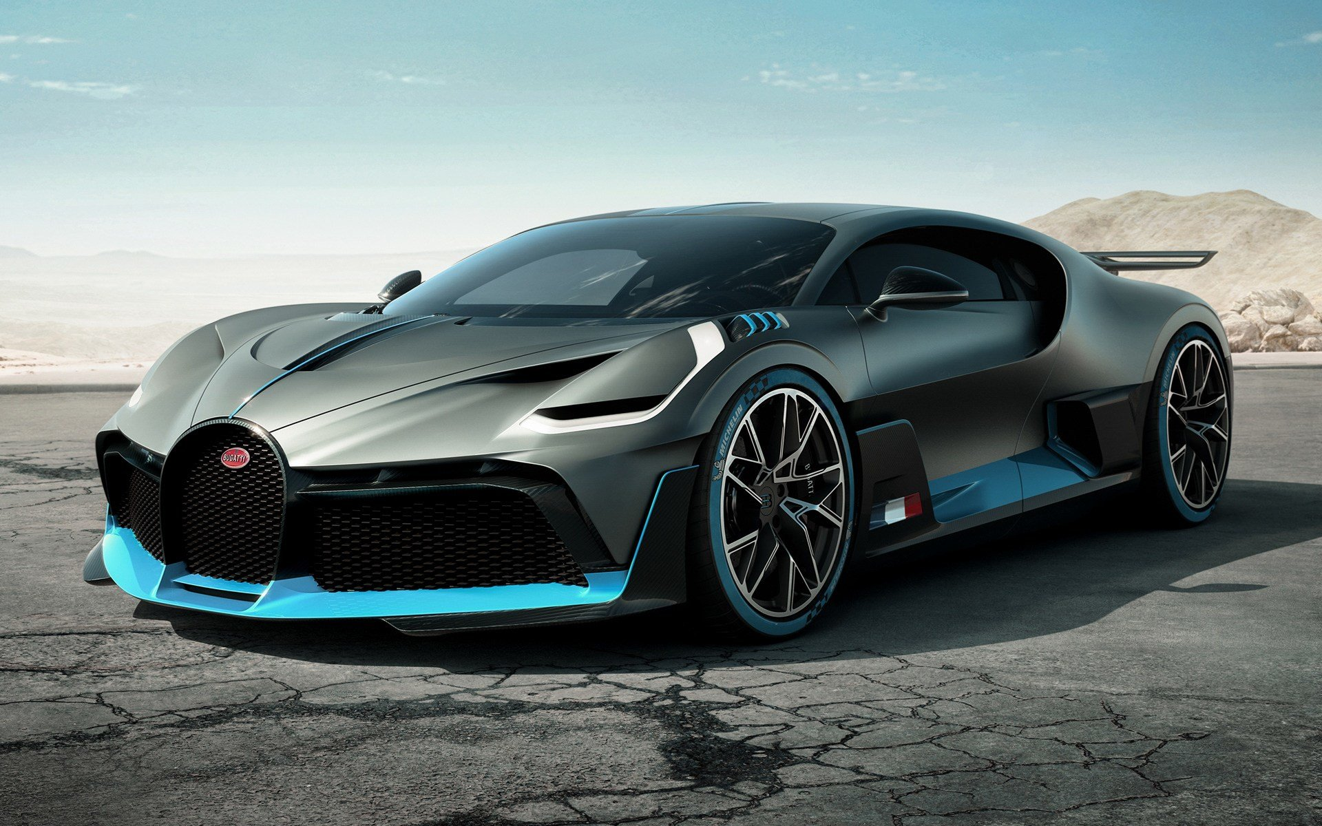 Latest 2018 Bugatti Divo Wallpapers And Hd Images Car Pixel Free Download