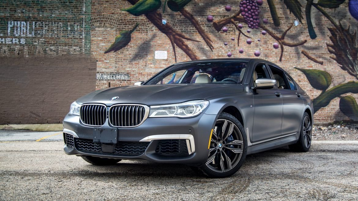 Latest 2017 Bmw M760 Review Photo Gallery News Cars Com Free Download