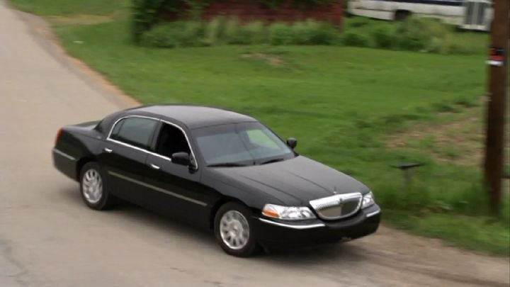 Latest Imcdb Org 2003 Lincoln Town Car In Justified 2010 2015 Free Download Original 1024 x 768