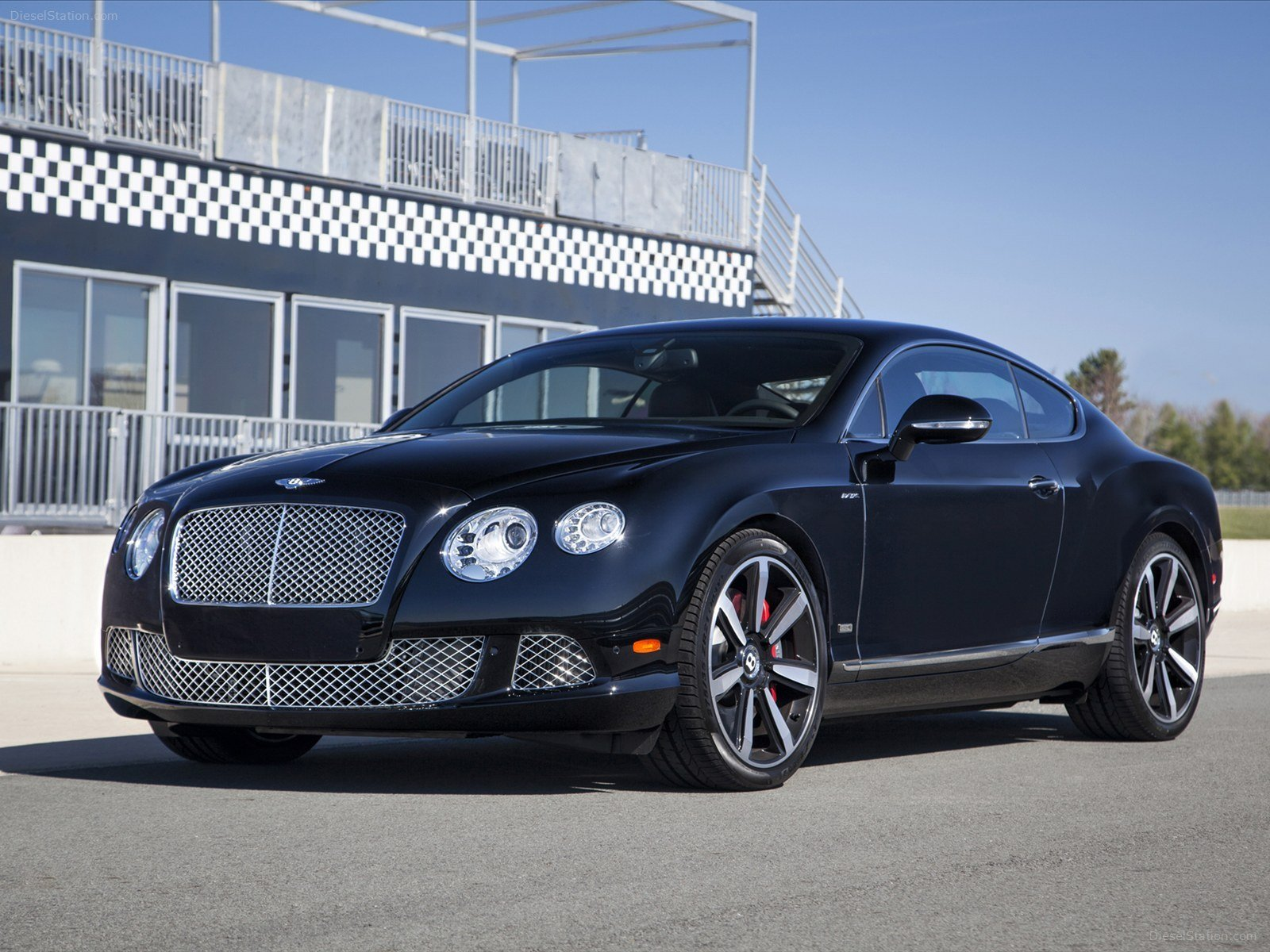 Latest Bentley Continental Gt W12 Le Mans Edition 2014 Exotic Car Free Download