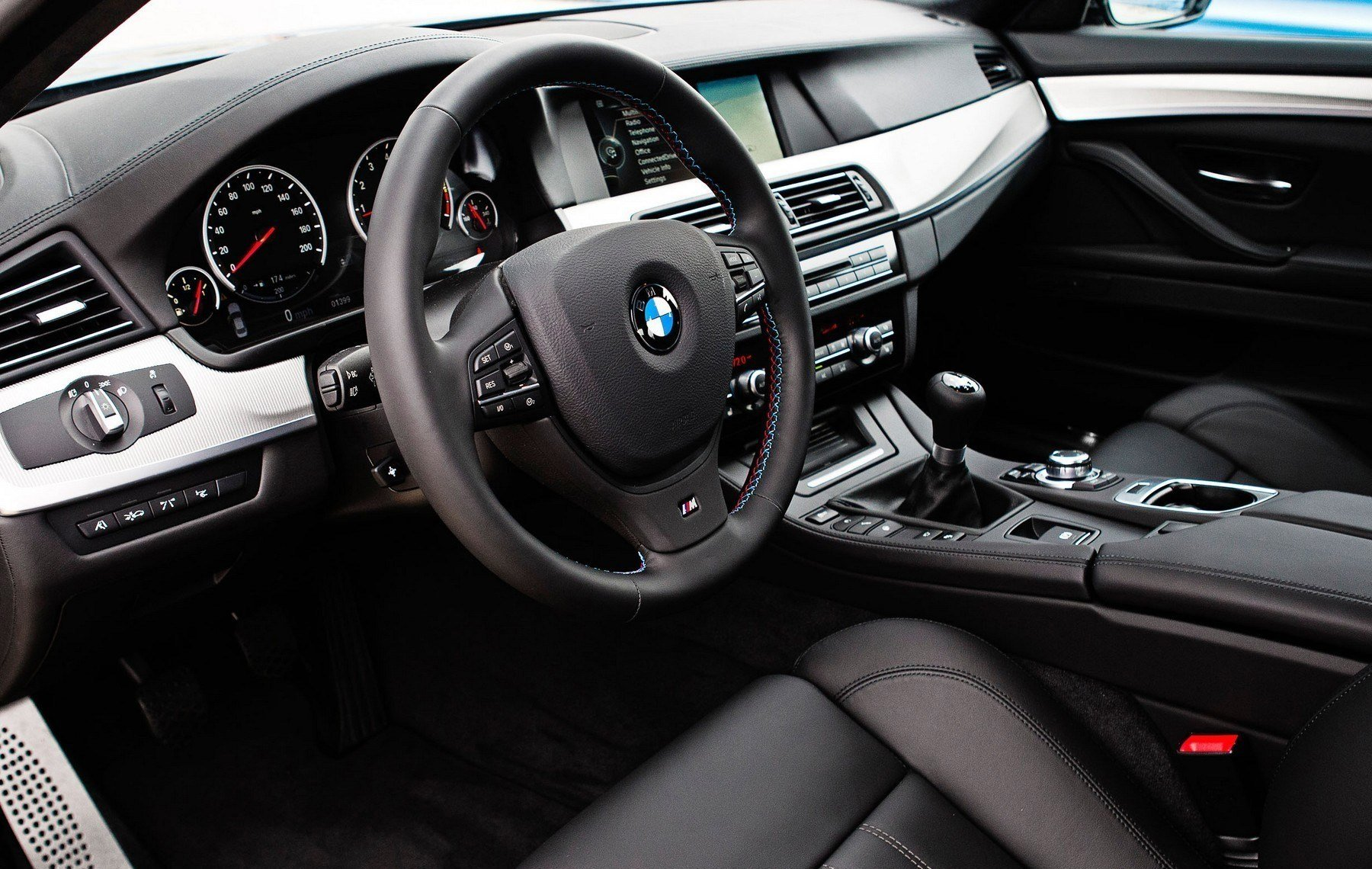 Latest Bmw M5 Car Interior Wallpapers Hd Wallpapers Free Download