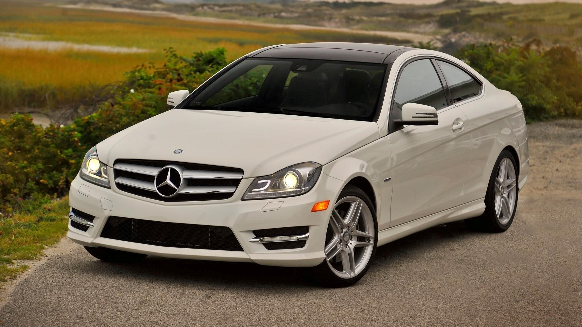 Latest White Mercedes Benz C350 Coupe C Class Car Wallpaper Hd Free Download