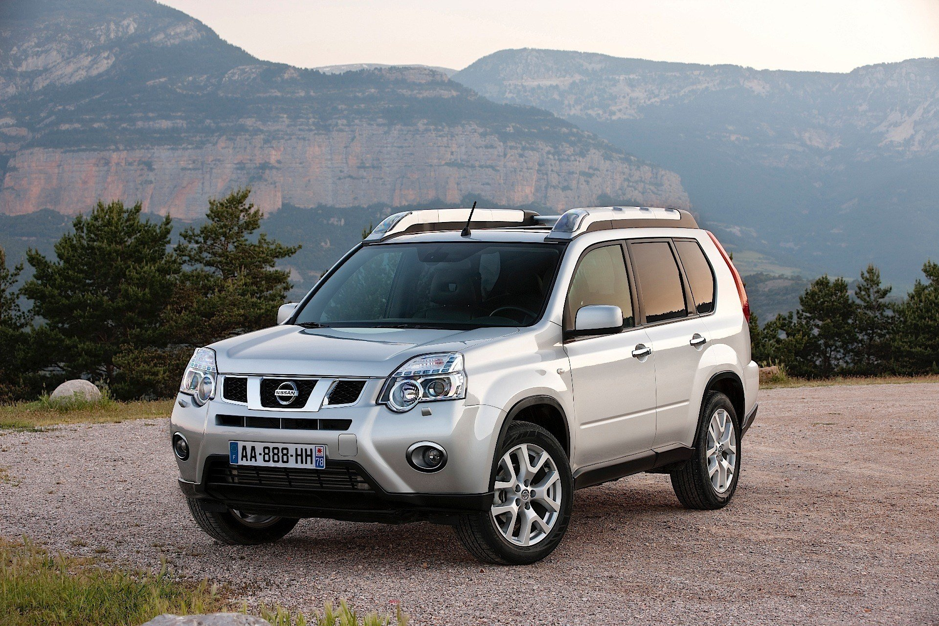 Latest Nissan X Trail 2007 2008 2009 2010 2011 2012 2013 Free Download