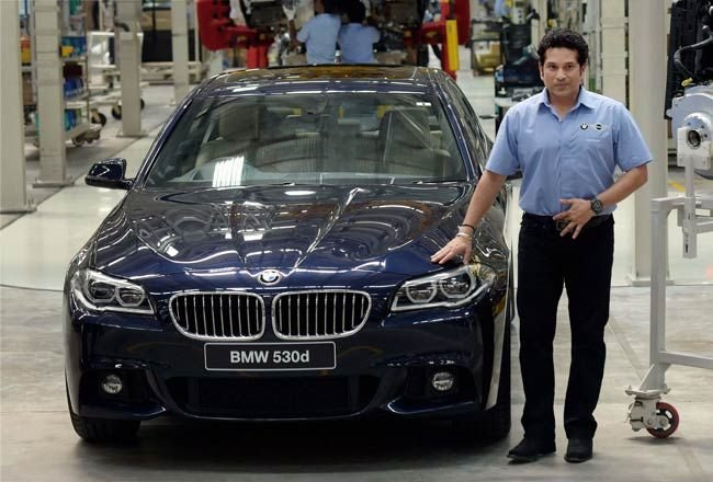 Latest When Sachin Assembled A Bmw At Its Chennai Plant India Free Download