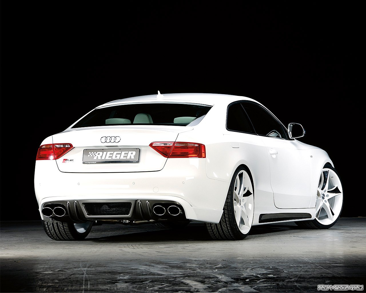Latest Hd Car Wallpapers White Audi S5 Wallpaper Free Download