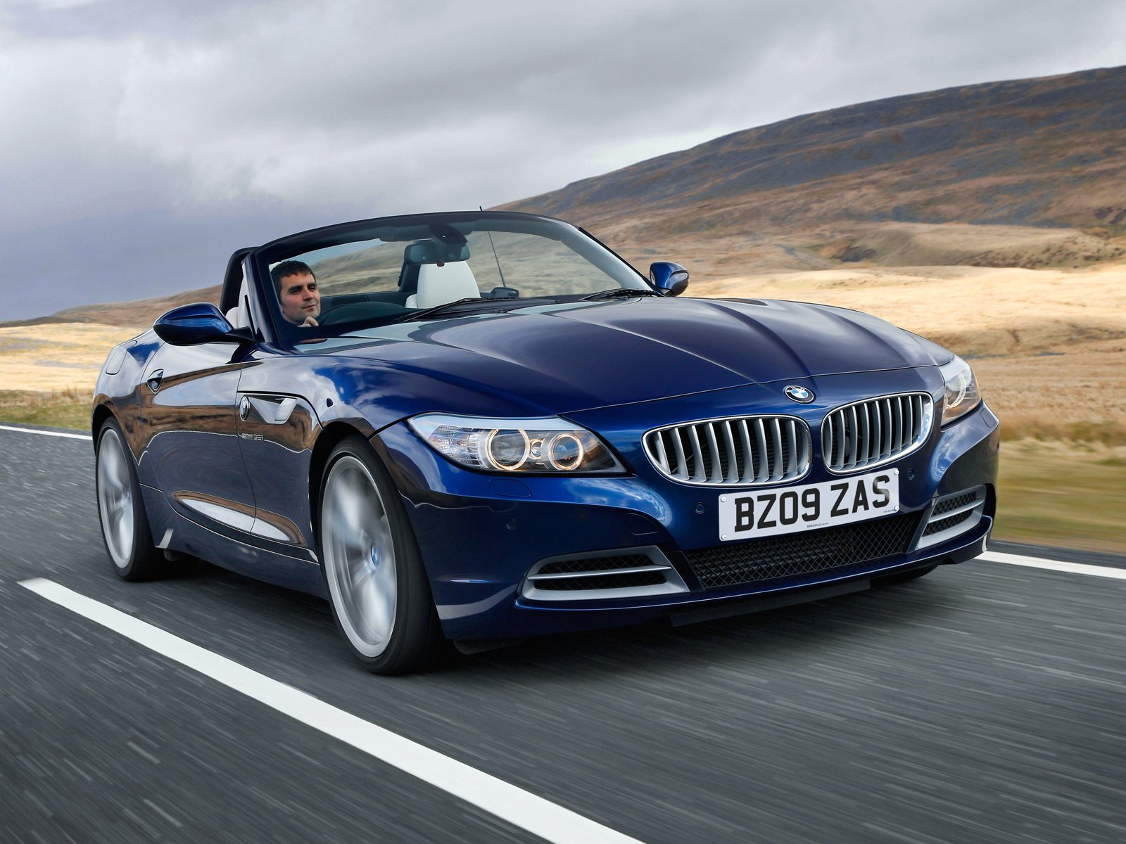 Latest 2010 Bmw Z4 Uk Version Auto Insurance Information Free Download Original 1024 x 768