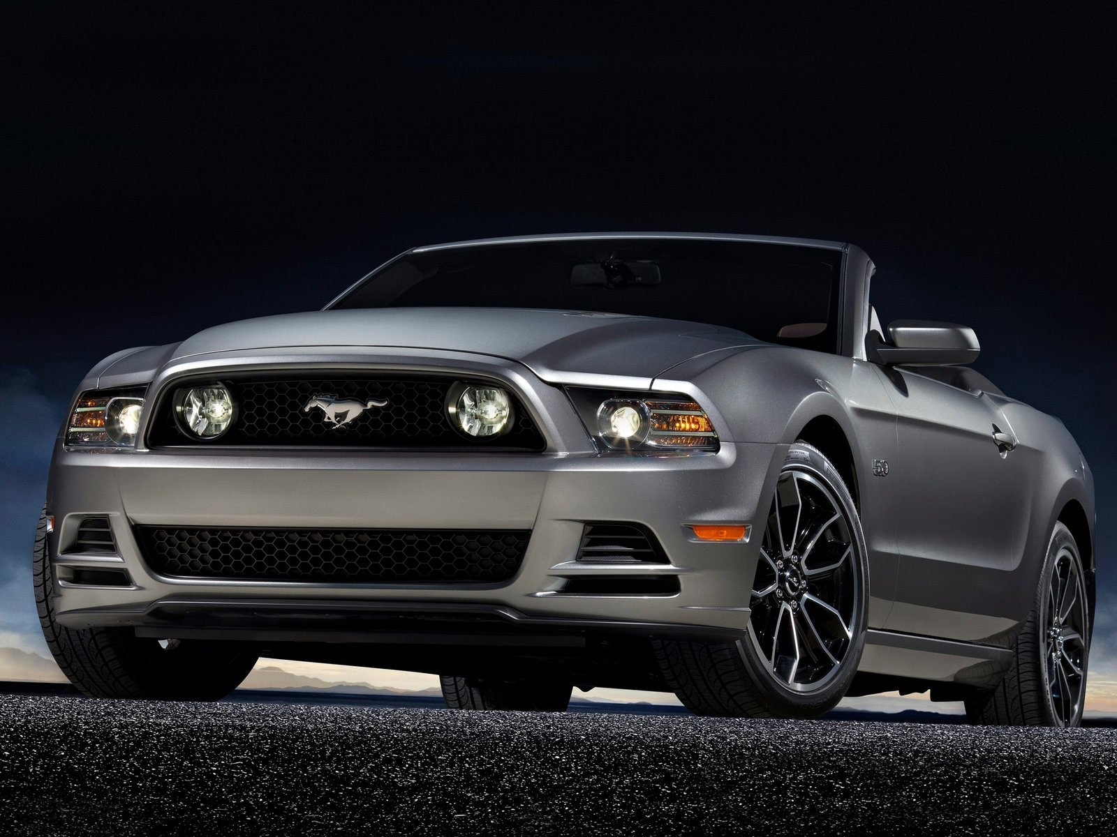 Latest Gambar Mobil Ford Mustang Gt 2013 Free Download