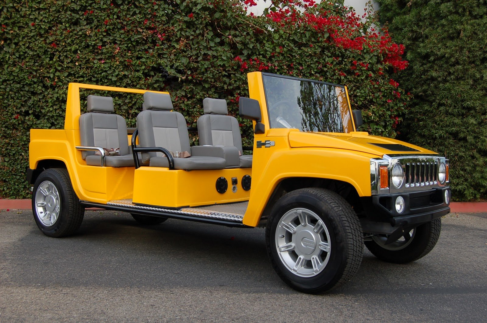 Latest Sports Car Hummer Wallpaper Pictures Images Snaps Free Download