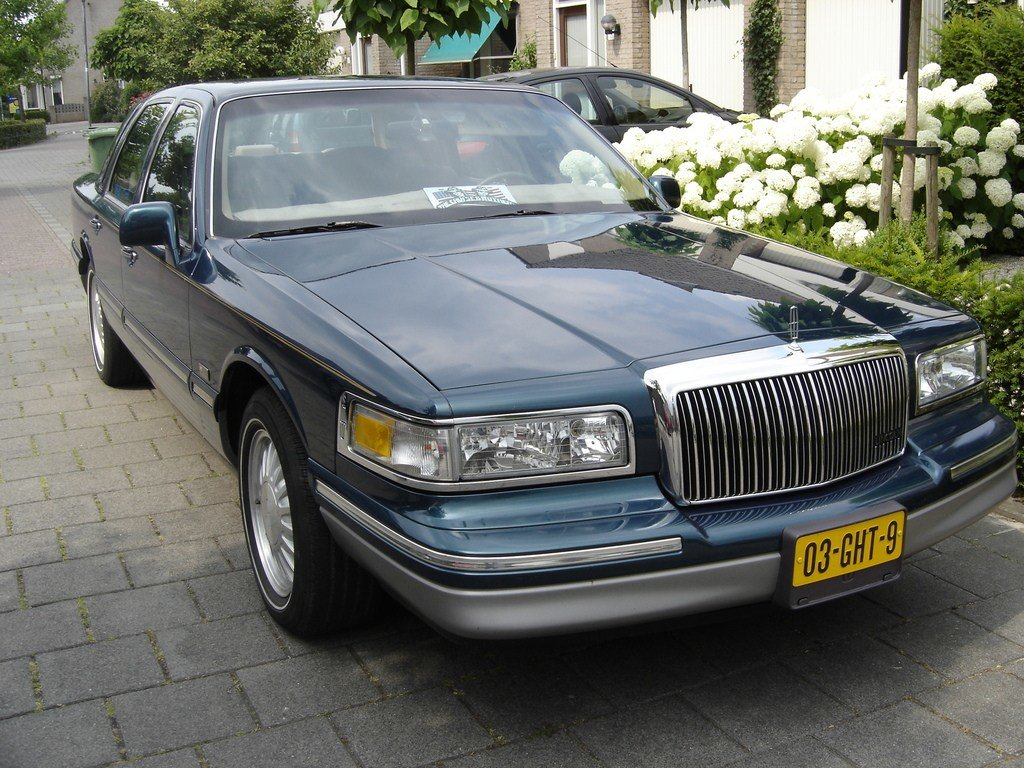 Latest Jurlinc1975 1997 Lincoln Town Car Specs Photos Free Download
