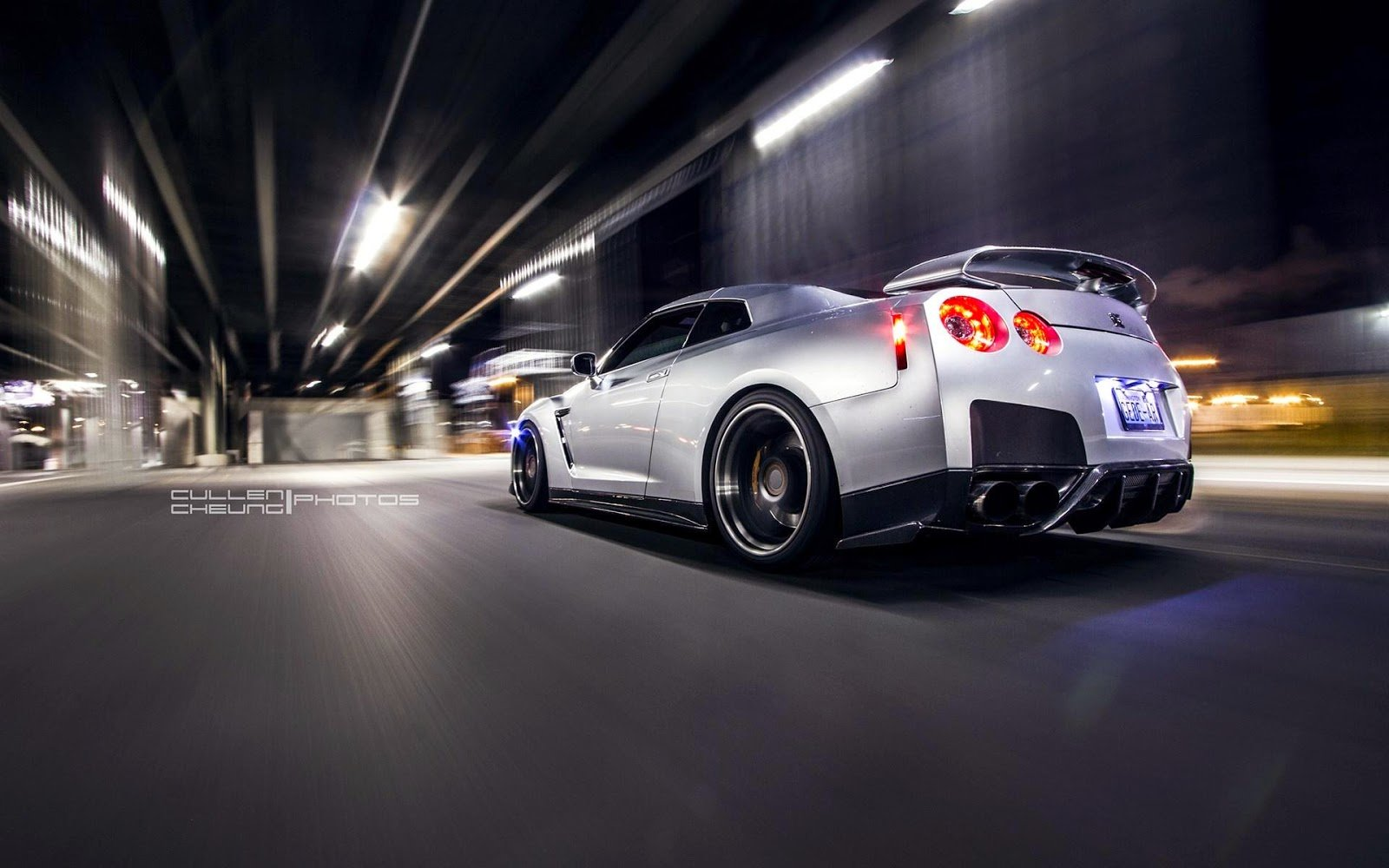 Latest Hd Night Nissan Gt R R35 Car Wallpapers Hd Wallpaper Free Download