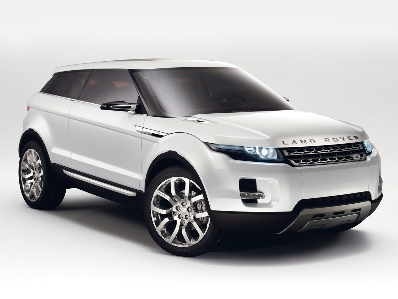 Latest 2011 Land Rover Range Rover Evoque Review Car News And Show Free Download