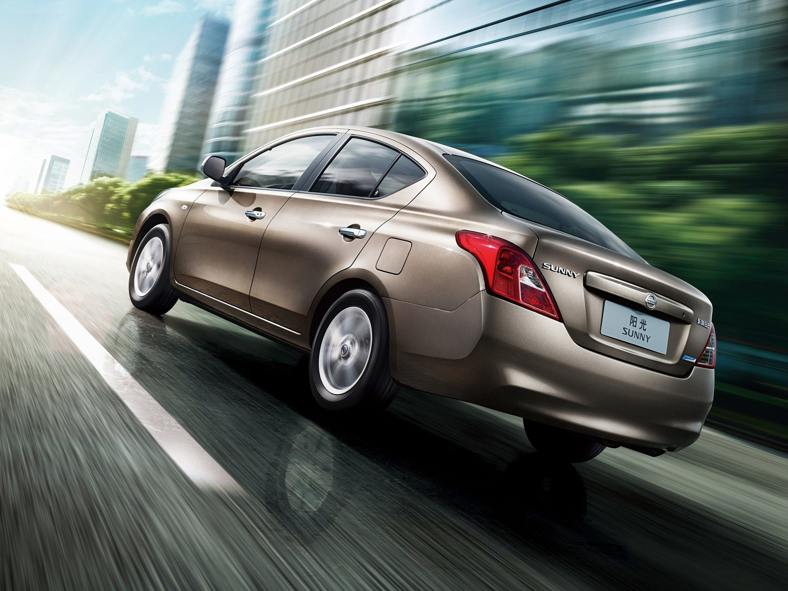Latest 2012 Nissan Sunny Japan Car Photos Free Download