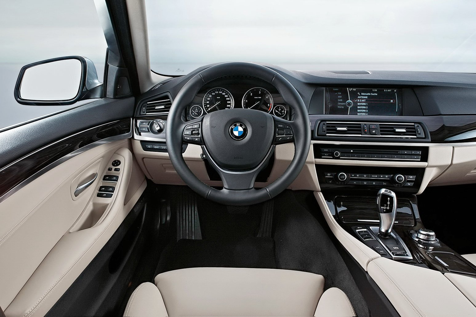 Latest Hd Bmw 9 Series Interior Wallpapers Hd Wallpapers Free Download