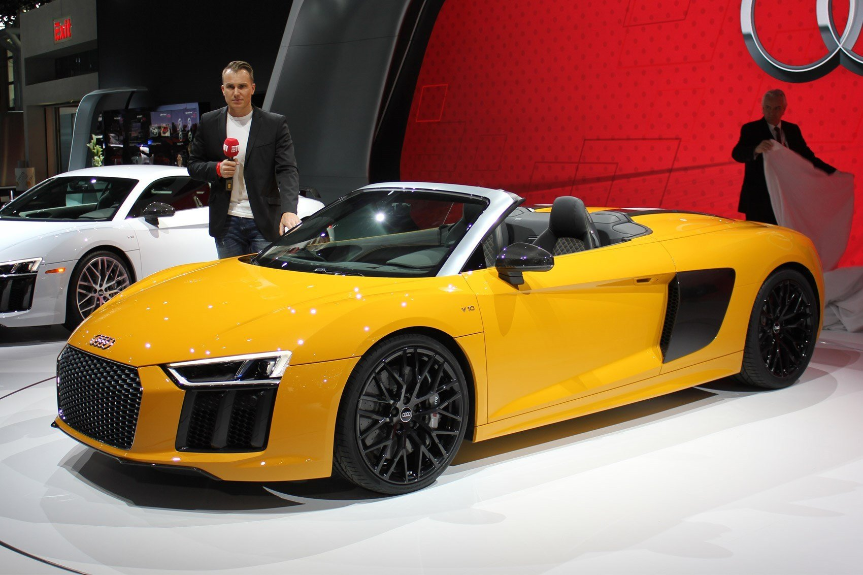 Latest New Audi R8 Spyder Revealed At 2016 New York Motor Show By Free Download