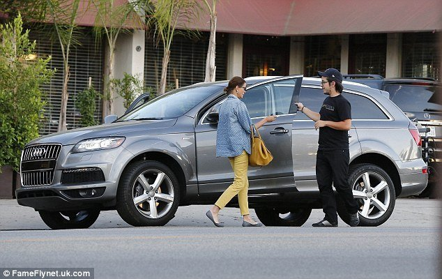 Latest Teri Hatcher With Daughter Emerson In Skinny Jeans As She Free Download