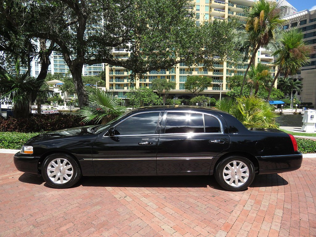 Latest 2011 Used Lincoln Town Car 4Dr Sedan Signature L At Choice Free Download